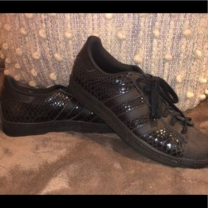 ADIDAS superstar black snakeskin